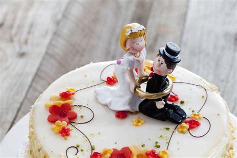 Hochzeitstorte Originell by Tortenfiguren F 252 R Die Hochzeitstorte Klassisch Bis Originell
