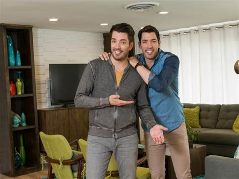 buying and selling houses property brothers drew and jonathan scott on hgtv s buying and selling hgtv