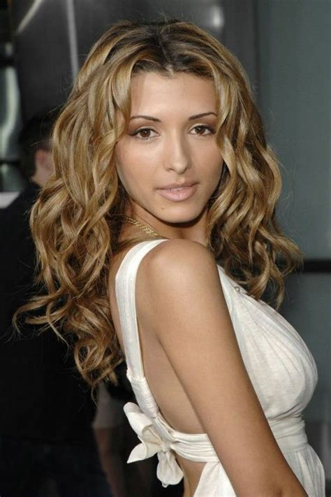 Whats Ashlees Best Look Wavy Or by Best Hair Color For Fair Skin With Curly Hair