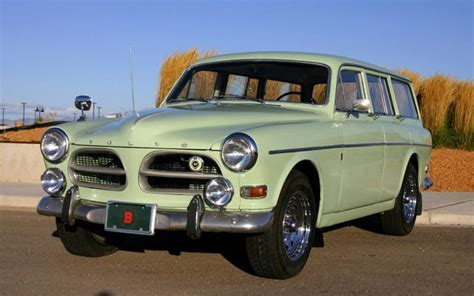 classic volvo sedan classic volvo station wagons station wagon finder
