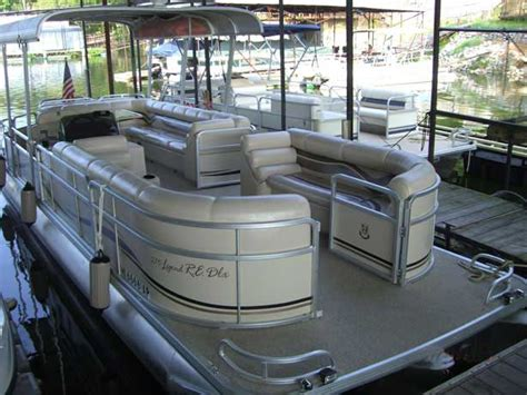 cabin boats for rent pickwick lake rental cabins and boats