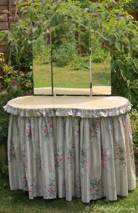 how to a dressing table skirt 1930 s dressing table with floral fabric skirt and ruffle