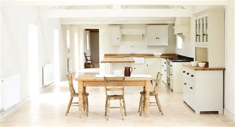 Shaker Kitchen Table Shaker Kitchen With Pine Table And Chairs Kitchen Shaker Kitchen Pine Table