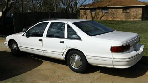 how to sell used cars 1994 chevrolet caprice free book repair manuals find used 1994 chevrolet caprice classic ls sedan 4 door 5 7l in lago vista tx united states