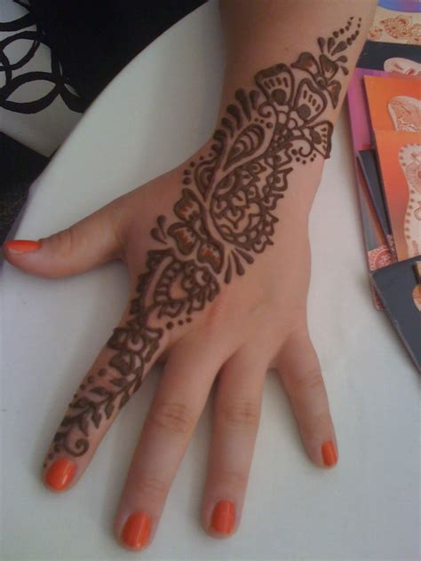 henna face tattoo henna tattoos chicago area painting henna