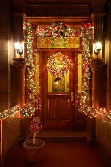 front door christmas decoration ideas slideshow