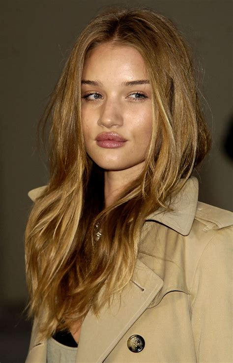rosie huntington whiteley hair color pretty brown with highlights my style