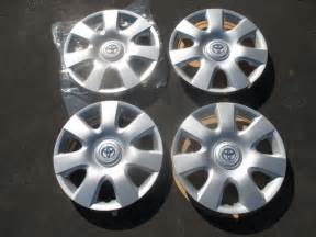 Toyota Wheel Covers Set Of 4 Genuine Toyota Camry 15 Inch Hubcaps Wheel