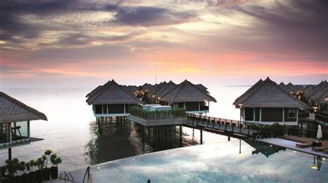 bungalow water thailand overwater bungalows in malaysia water villas resorts in