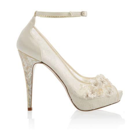Wedding Shoes Of The by Freya Bloom