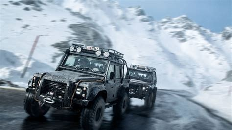 land rover truck james your ridiculously awesome james bond land rover chase