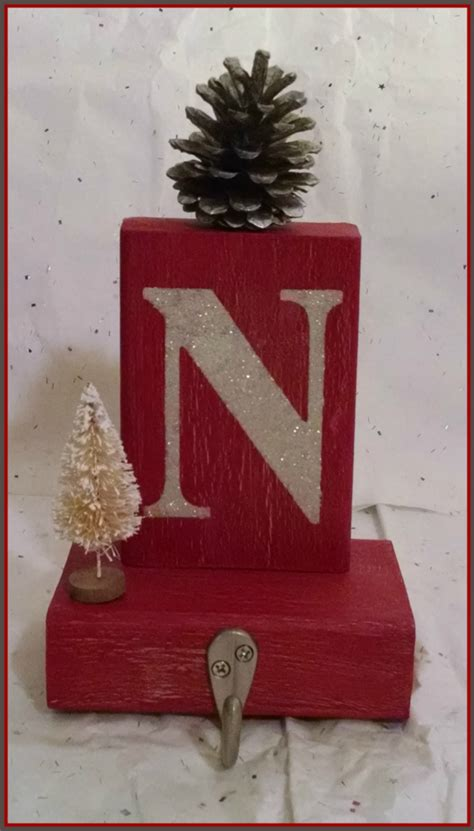 diy christmas stocking holders favecraftscom
