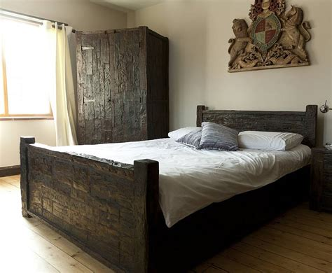 Sleeper Wood by Ashburnham Sleeper Wood Kingsize Bed By Tree