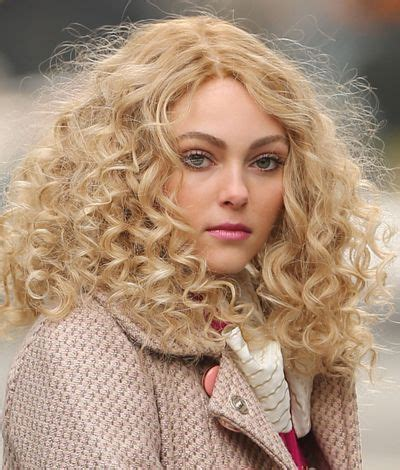 annasophia robb hair curly 209 best images about soul surfer anna sophia robb on