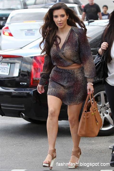 latest on kim kardashian news fashion fok kim kardashian new latest dresss wear