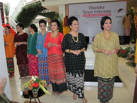 mukena sutera indonesia picture newhairstylesformen2014