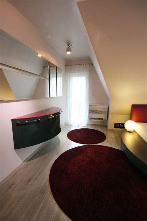 Schlafzimmer Mit Schräge Gestalten 4191 by Wandfarbe Elefantengrau