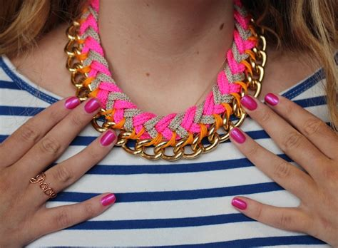 Make A With Stripes Jewelry diy chevron chain necklace the stripe