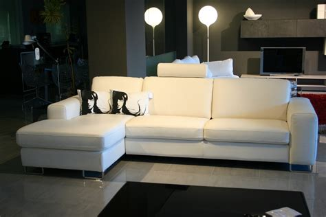 divani doimo in pelle promozione divani doimo sofas sconto 50 carminati e sonzogni