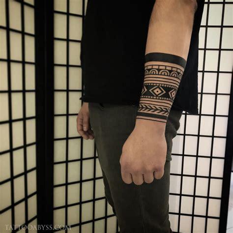 geometric forearm tattoo geometric forearm abyss