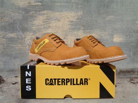 Caterpillar Pendek jual sepatu caterpillar safety pendek bahan kulit asli
