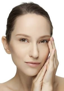 Pelembab Wajah Untuk Musim Dingin 5 cara mengatasi kulit wajah kering dan kasar dengan