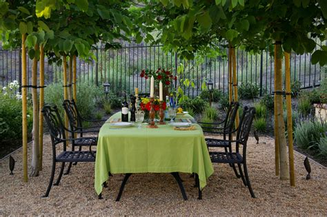 backyard dining area ideas delightful pea gravel patio decorating ideas
