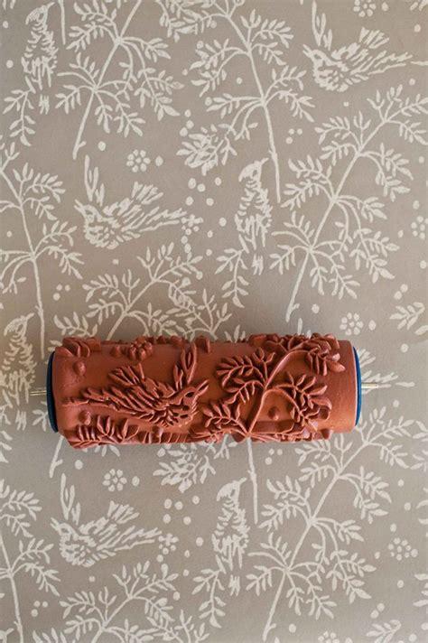 wallpaper paint roller rolos de pintura com padr 245 es a forma inovadora de