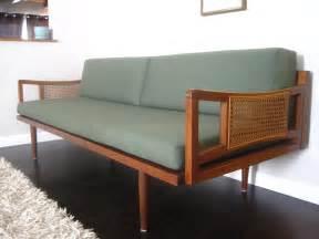 Mid Century Sofa Rhan Vintage Mid Century Modern Mid Century Modern Sofa