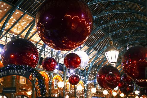 covent garden xmas lights 1 uk