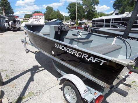 smoker craft fishing boat seats for sale 2016 smoker craft 14 big fish side console boat for sale