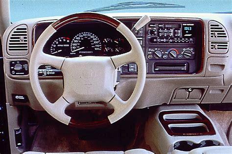 manual repair autos 2002 cadillac escalade interior lighting 1999 00 cadillac escalade consumer guide auto