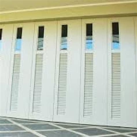 bentuk pintu rumah minimalis home interior design pintu besi garasi