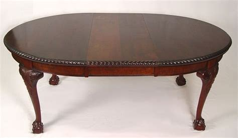15 oval mahogany and claw foot dining table lot 15