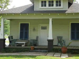 Southern Front Porches 301 moved permanently