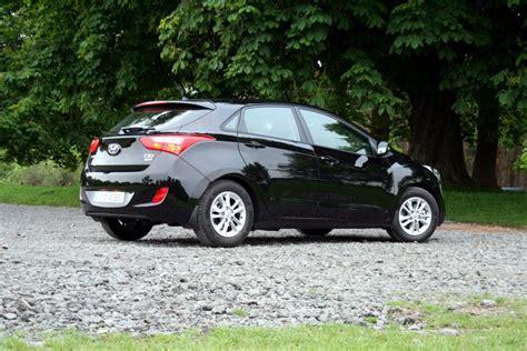 Hyundai i30 1.6 CRDi Elite Plus Review   Carzone New Car