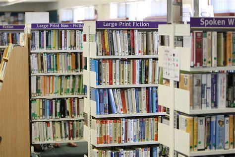 regal bibliothek kostenloses foto bibliothek b 252 cher regale regal