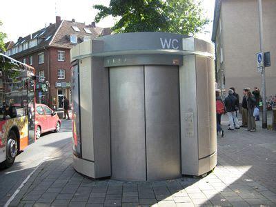 bagni pubblici in centro arrivano i bagni pubblici hi tech attualit 224