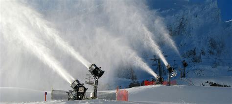 snow jet flock gun ski season set to kick in colorado mountain wave weather