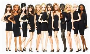Nel 2004 barbie lancia addirittura la sua prima campagna elettorale
