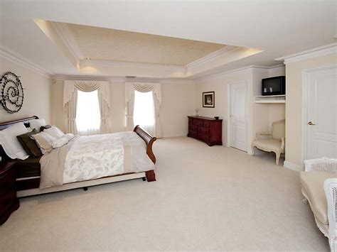 Bedroom With Carpet Ideas Modern Bedroom Design Idea With Carpet Floor To Ceiling