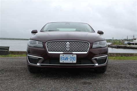 lincoln mkz review 2017 lincoln mkz review autoguide news