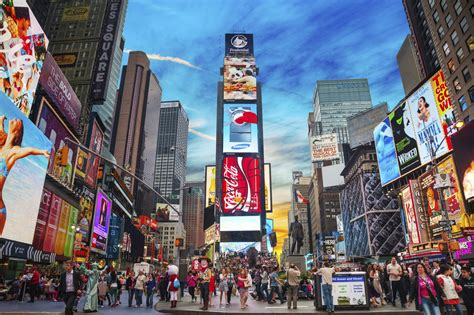 Simply Fab Nyc Shopping Tour by Times Square Hier Schl 228 Gt Das Herz New Yorks Usatipps De