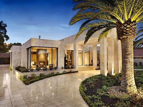 one level houses single level house plans luxury single level house in