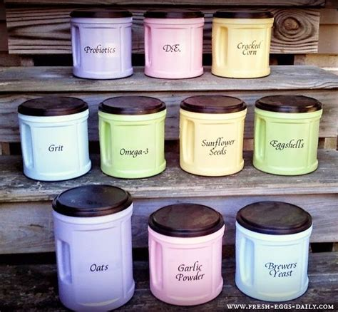 what to do with empty spray paint cans spray paint empty coffee cans diy craft ideas