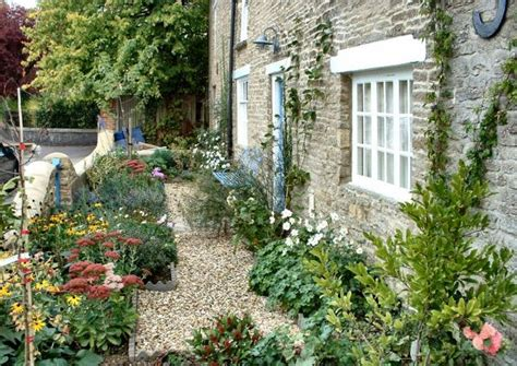 cottage front garden 119 best images about home front gardens on