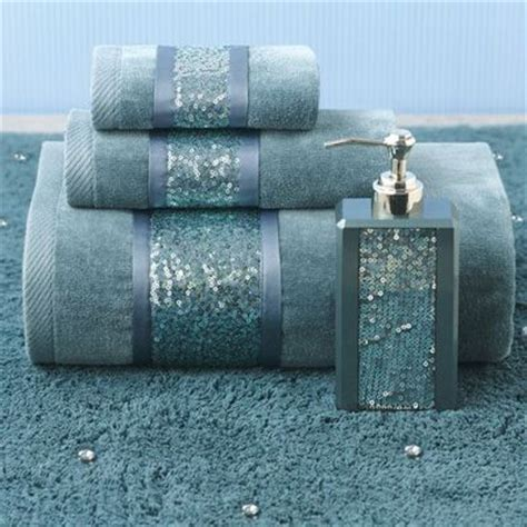 Teal Colored Bathroom Accessories by 25 Best Ideas About Decorative Bathroom Towels On