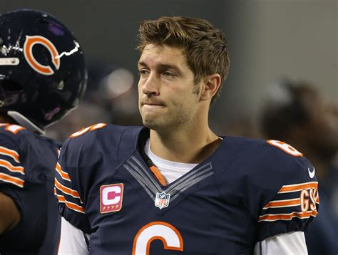 bears bench jay cutler jay cutler benched by chicago bears for jimmy clausen