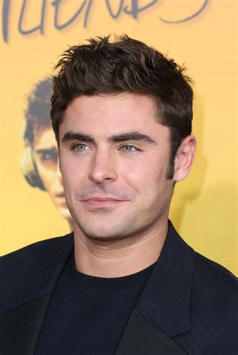 zac efron single photos zac efron is single again komo