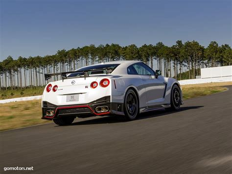 nissan sports car 2015 2015 nissan gt r sport car reviews gt r is a sports car